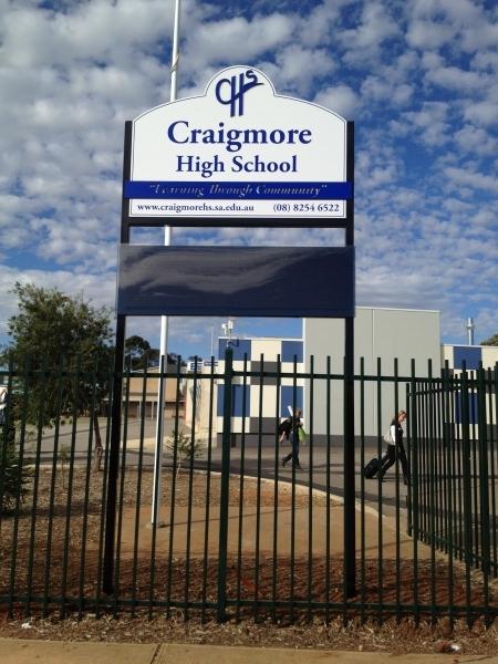 led_craigmore_school_signage